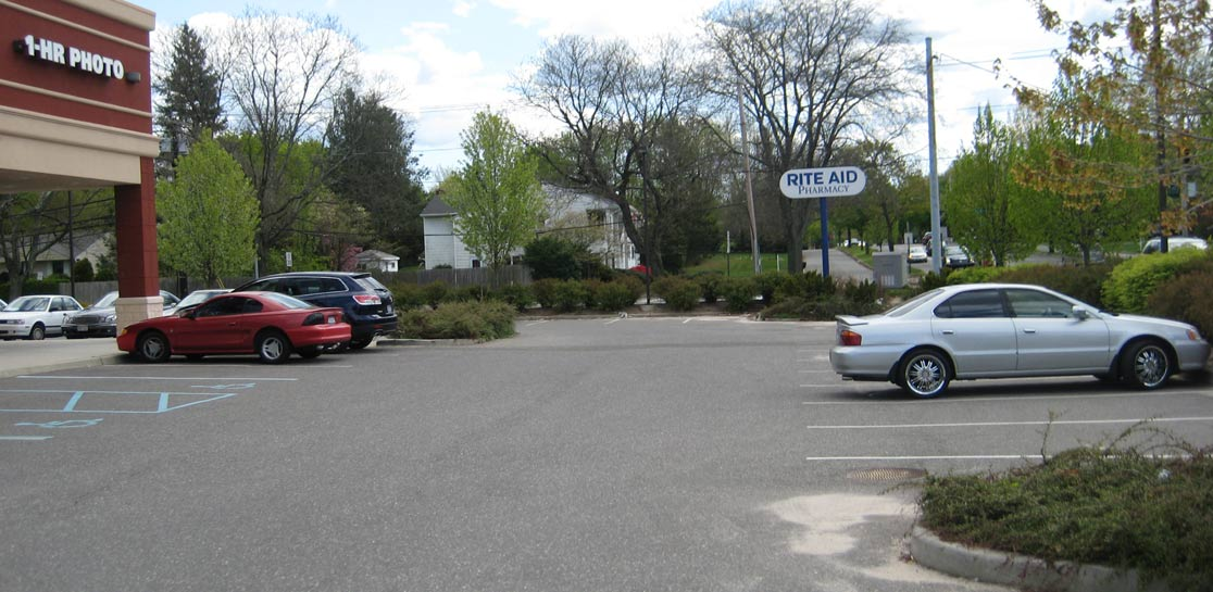 East Northport, NY - NNN Rite Aid Pharmacy Building For Sale - Property Photo 3