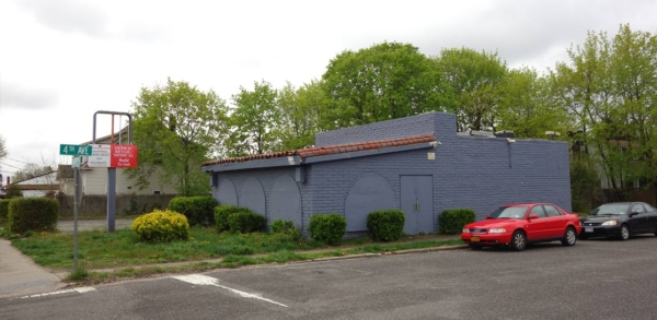 East Northport, NY Retail Space For Sale