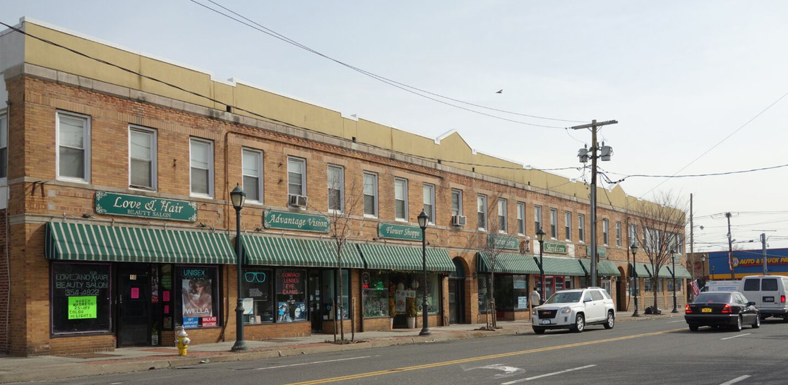Franklin Square 3 Building – Retail, Office and Residential Space - 2
