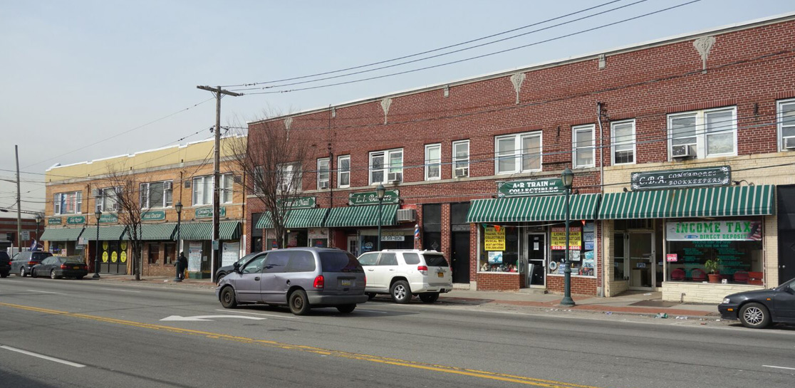 Franklin Square 3 Building – Retail, Office and Residential Space - 4