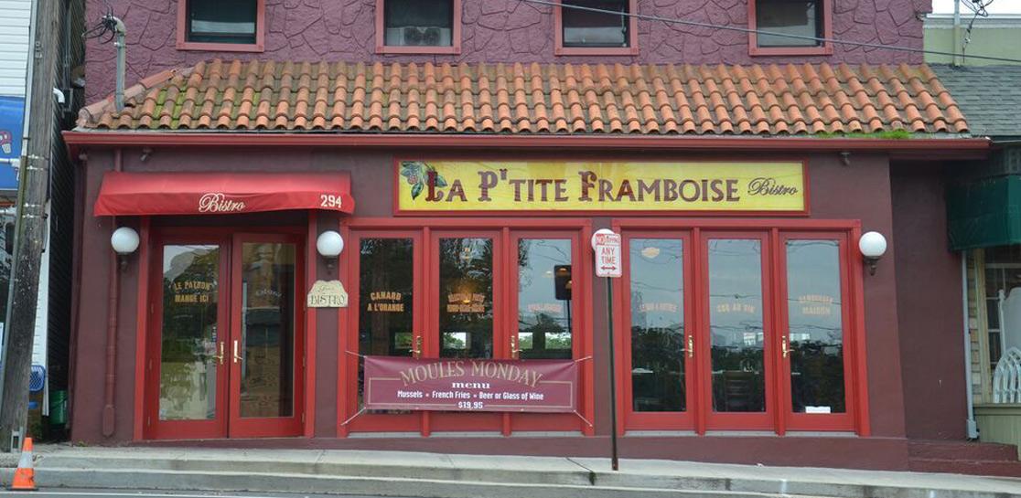 Port Washington, New York - Restaurant -1