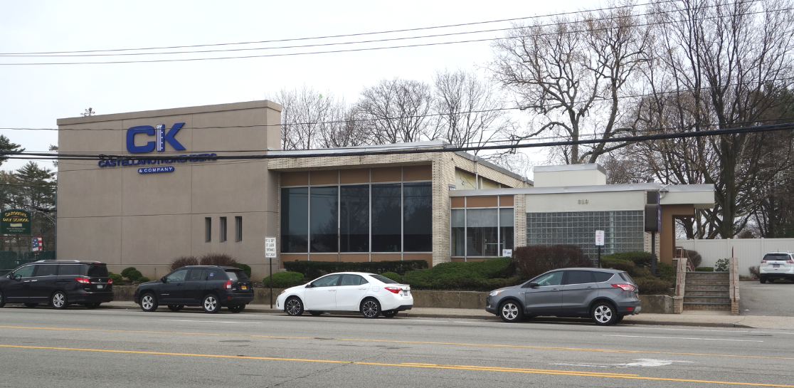 Commercial real estate listing vacant office building