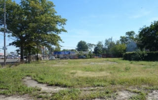 Land view of 940 Old Country Rd in Westbury, NY
