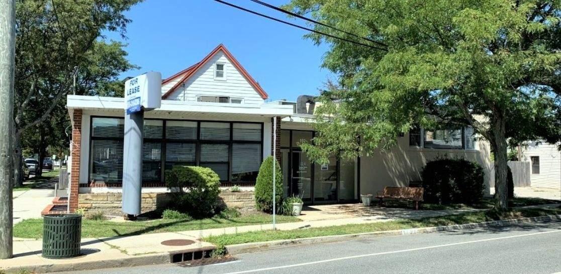 192 Hillside Ave, Williston Park NY